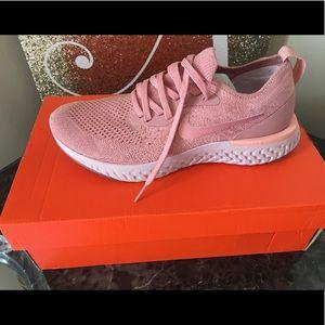 Women's Nike Epic React Flyknit. Size 8